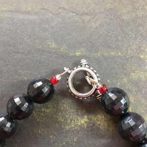 Unknown Jewelry - Vintage Chunky Red and Black Beaded Necklace